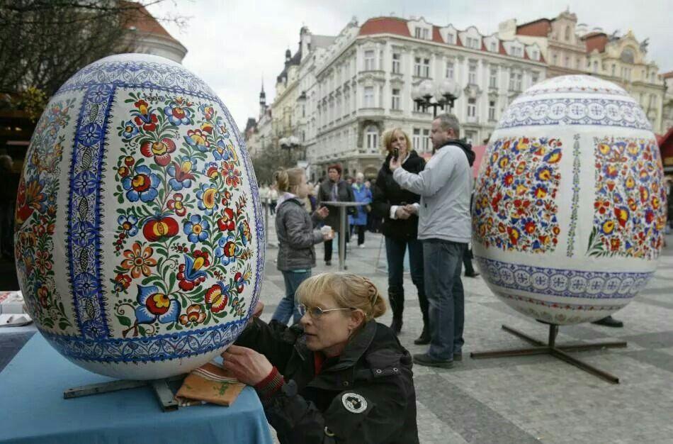 Mercado de Páscoa na cidade de Praga