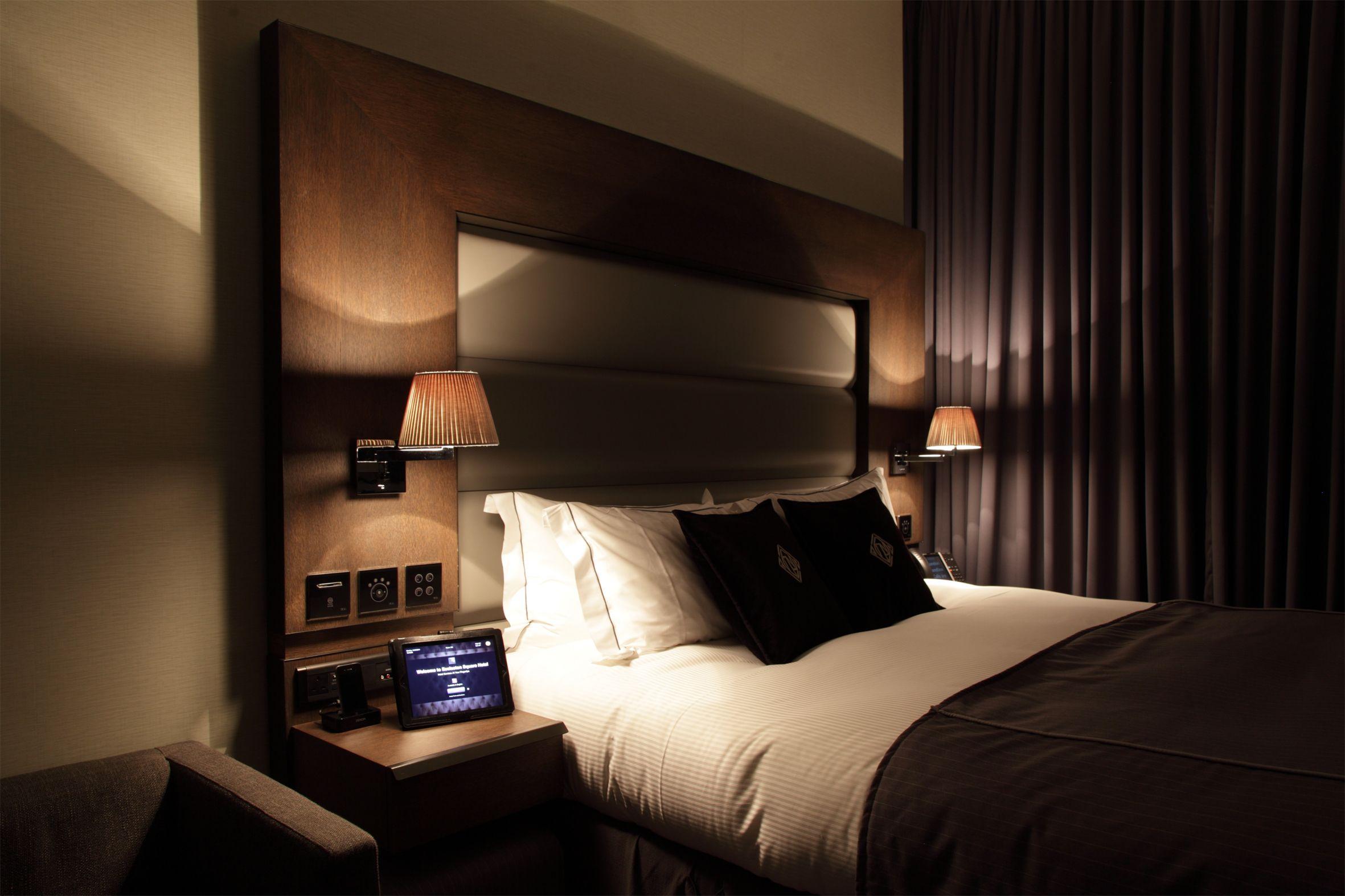 hightech room Eccleston square hotel, Open plan