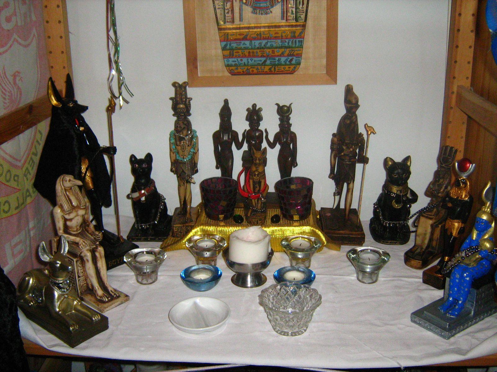 Kemetic shrine | Kemetic | Wiccan altar, Pagan altar, Pagan alter