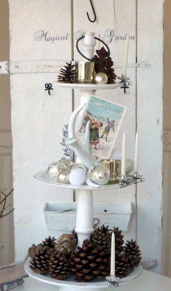 grosse weisse vintage etagere weihnachtsdeko weihnachtszeit pinterest weihnachten. Black Bedroom Furniture Sets. Home Design Ideas