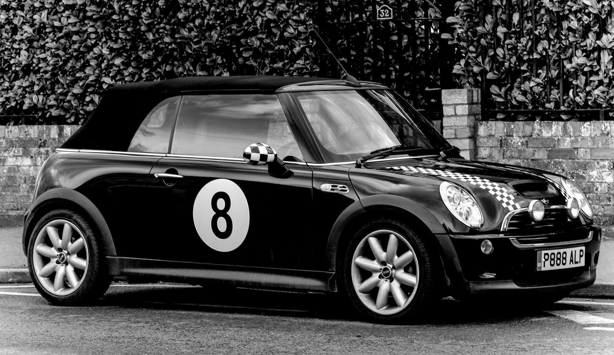Mini Cooper In Ball Livery Minis And Cars