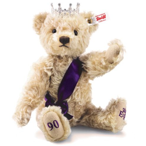 Steiff 690020 Queen Elizabeth 90th birthday bear