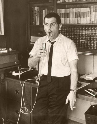 """El creador de """"Alvin y las Ardillas"""" hubiese cumplido 94 años.  http://www.vintagemusic.es/noticia-comentario/588/el-creador-alvin-ardillas-hubiese-cumplido-anos/"""