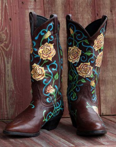 80920cfc954 Painted boots make a statement | Boots | Boots, Boho boots, Cowboy boots