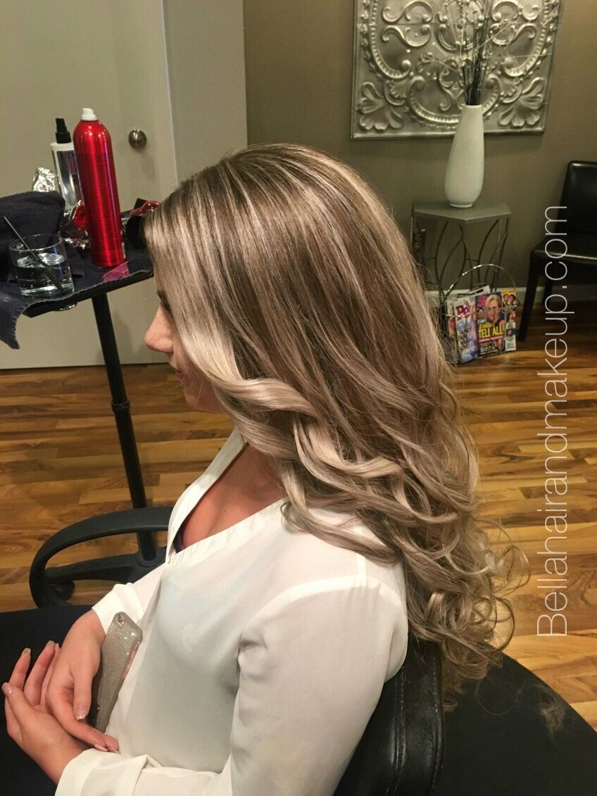 Whitney Renee' Anderson*** Orme*** 7 1/2 hrs later the girl with the most hair in the entire left with a total hair transformation #balayage#before&after#olaplex#foil#blonde#hair#longhair#bellahairandmakeup#seattle#tacoma#stylist