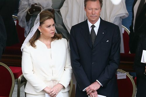 Grand Duke Henri and Maria Teresa of Luxembourg attend the rise to sainthood of 2 popes at the Vatican 4/27/14
