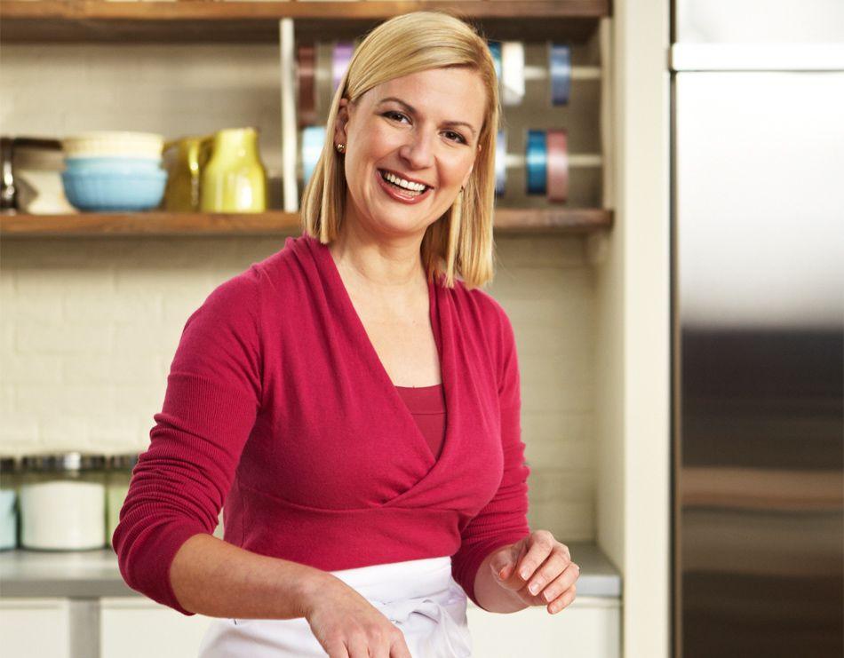 Resultado de imagen para mujer haciendo torta