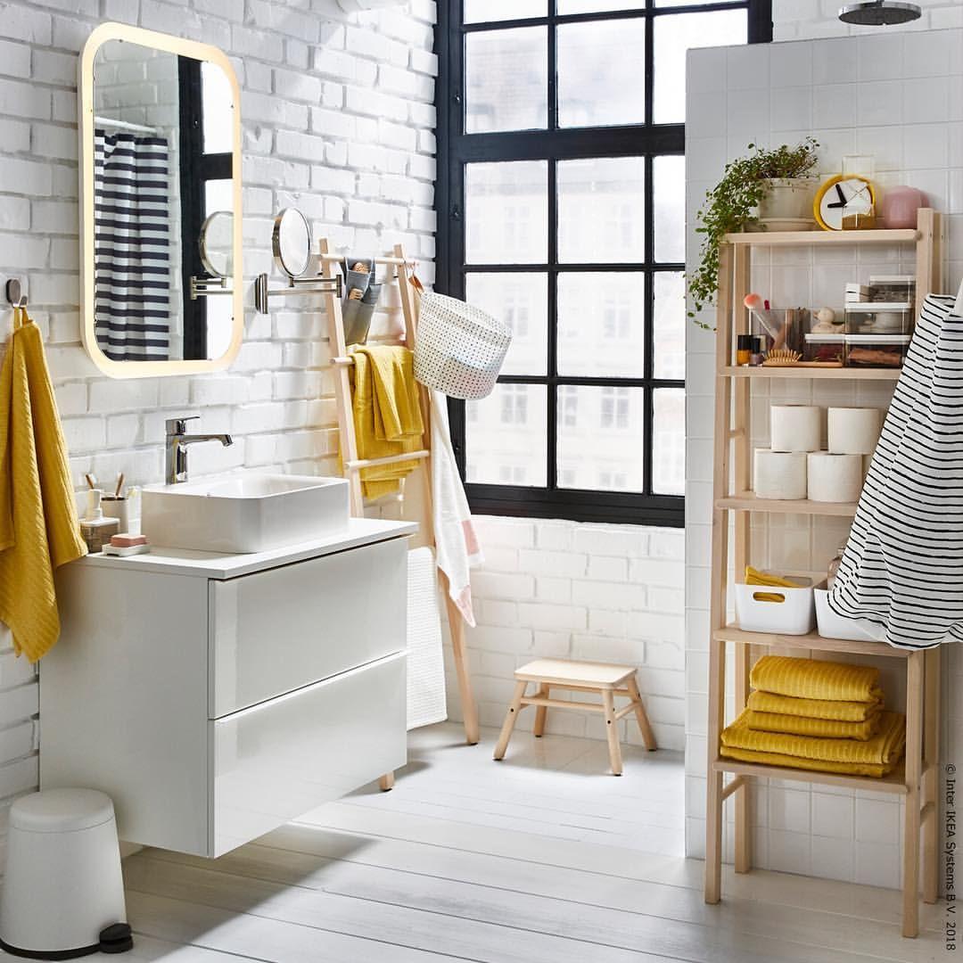 Erstens Dicke Gelbe Handtucher Zweitens Regal Vilto Yellow Bathroom Decor Living Room Furniture Inspiration Bathroom Furniture Inspiration