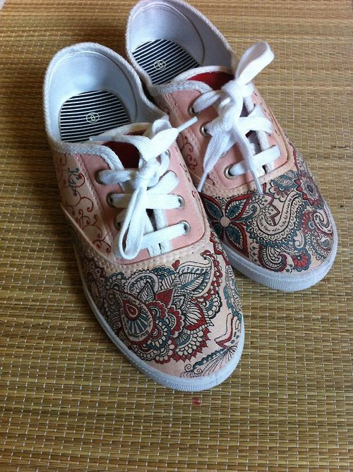 henna designs | Tumblr | Canvas shoes, Diy sneakers, Painted