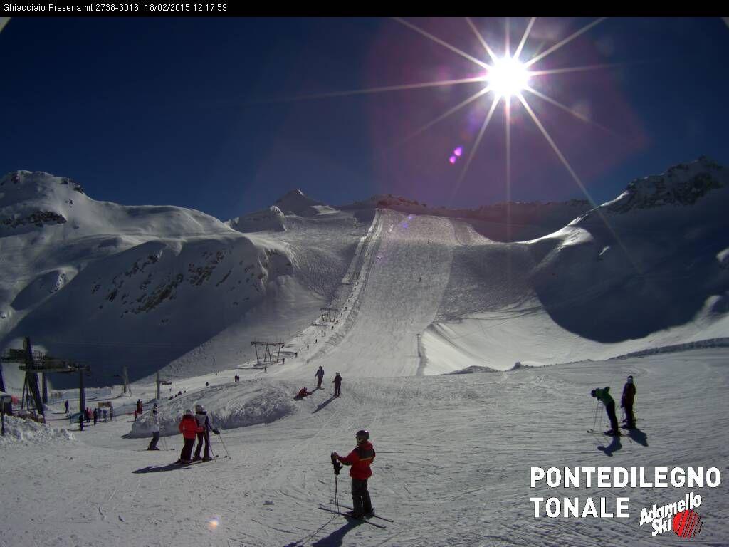 Webcam Passo Tonale Presena Glacier-Ponte di Legno-Temù (Adamello Ski) -  Webcams Passo Tonale Presena Glacier-Ponte di Legno-Temù (Adamello Ski) d855c465d985