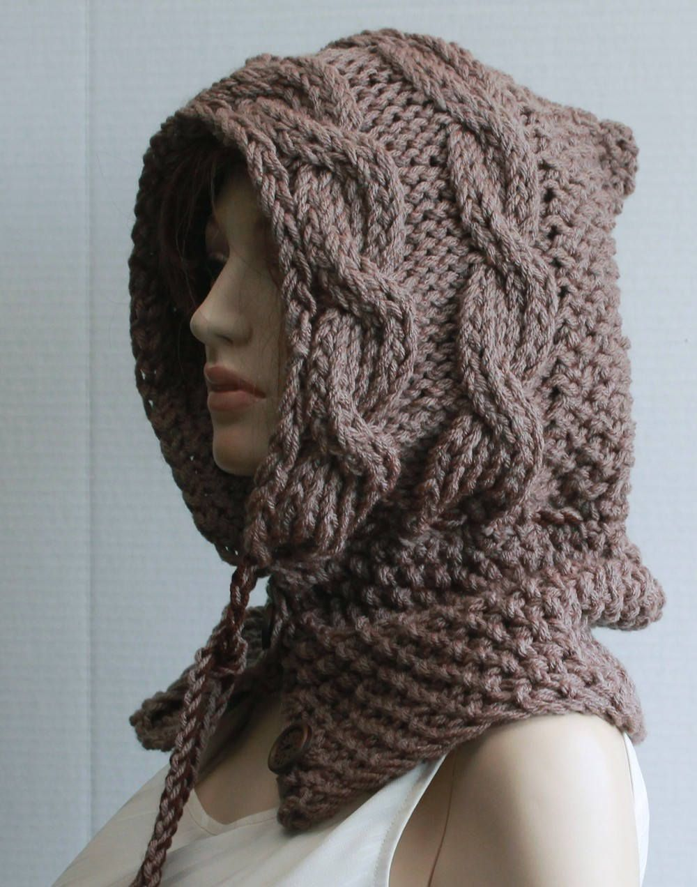 CHILD'S HOODED SCARF