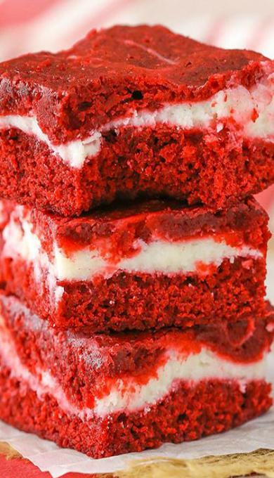 Red Velvet Cheesecake Swirl Brownies #redvelvetcheesecake