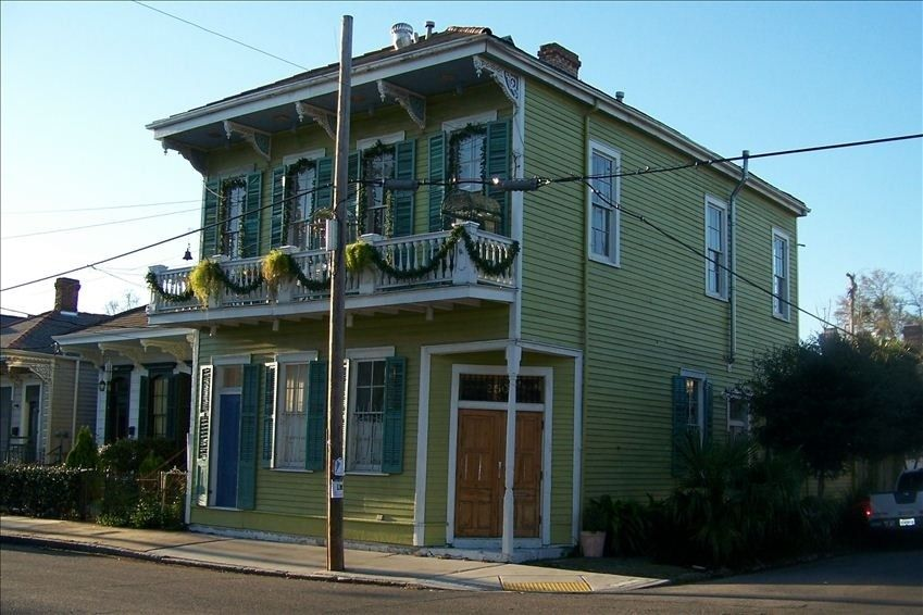 Great For Just 2 In Nola Artist Penthouse Over Looking The Irish