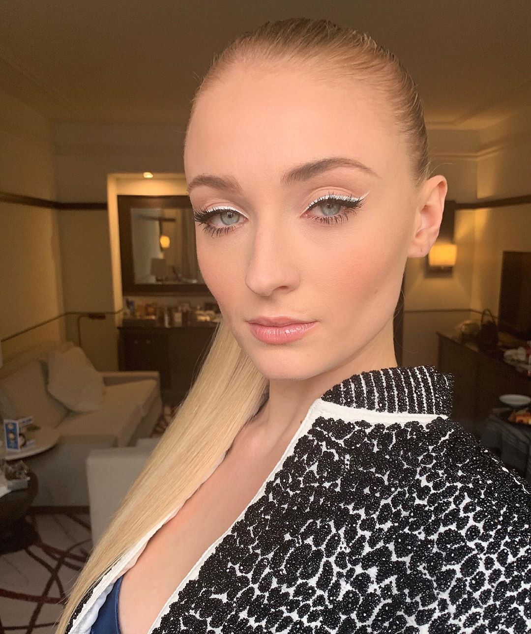 We're obsessed with these Sophie Turner French-girl beauty looks #sophieturner #gameofthrones #beauty  #fren #style #shopping #styles #outfit #pretty #girl #girls #beauty #beautiful #me #cute #stylish #photooftheday #swag #dress #shoes #diy #design #fashion #Makeup