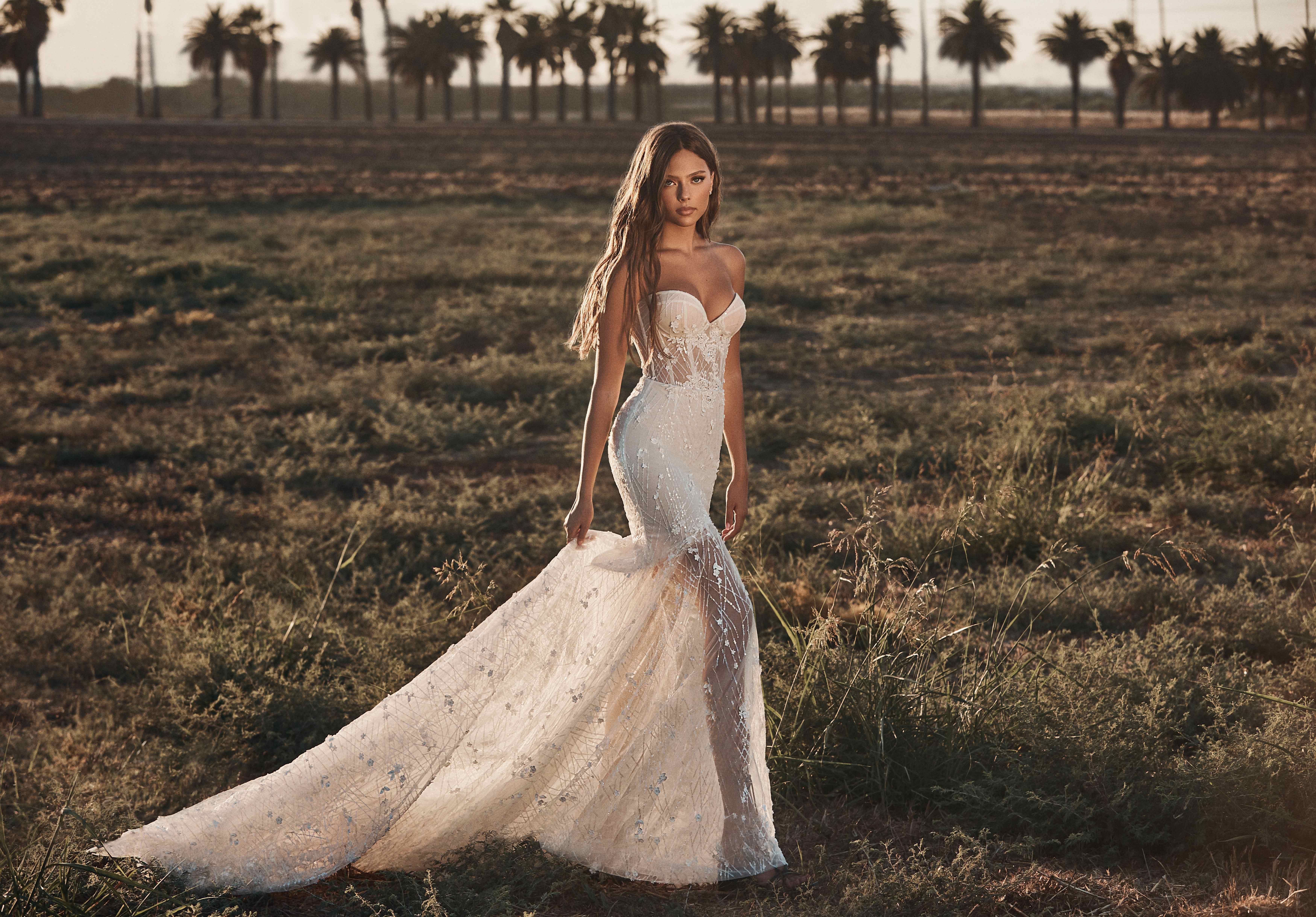 Pin On Latest Wedding Dresses More [ 4877 x 6998 Pixel ]
