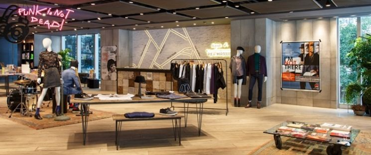 How To Create Retail Store Interiors That Get People To Purchase
