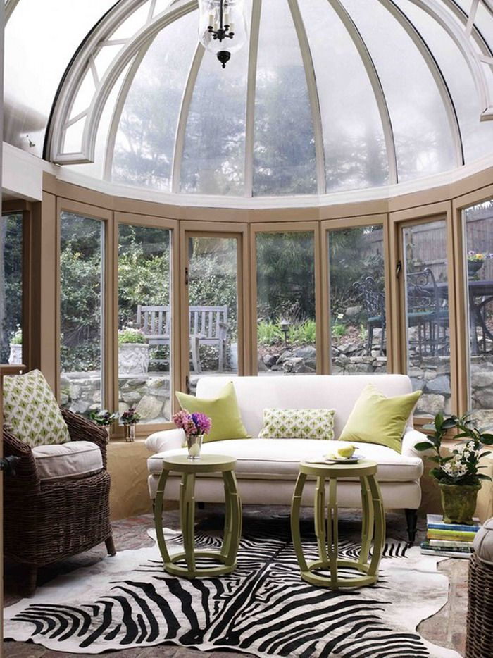 Nice Small Greenhouse Patio Layout Ideas