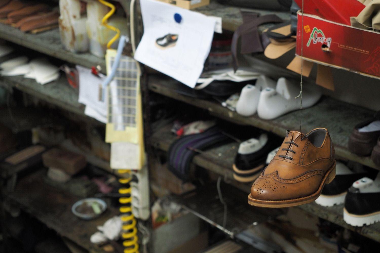 #손신발 #SONSHINBAL #MENSHOES #FASHION #HANDMADE #handmadeshoes #tasselloafer #slipon #chelseaboots #boots #desertboots #monkstrap #LOAFER  #womenshoes #shoes #0012-sample