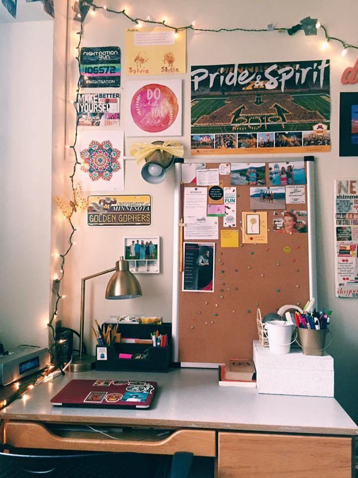 university of minnesota desk design area, dorm girl, single room, fun cute decorations