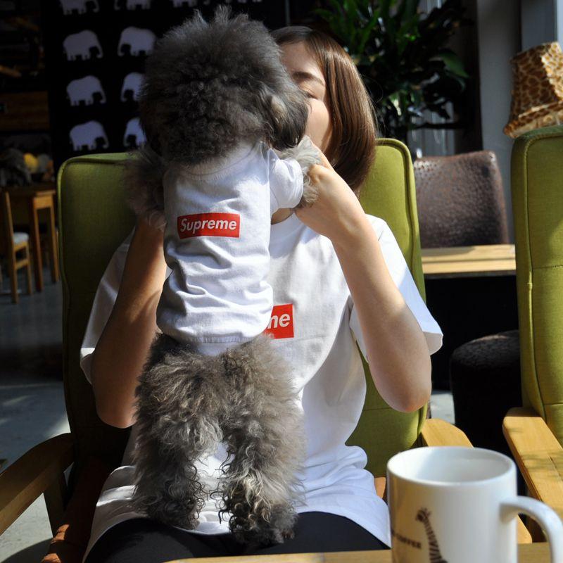 シュプリーム ボックスログ 犬 服 Supreme Tシャツ Http Www Cozaka Com Goods Supreme T Shirt 118 Html シュプリーム 服 ペアルック Tシャツ スタイル
