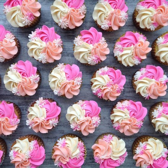 Pin by joanna willoughby on cakes | Cupcake cakes, Cupcake ...