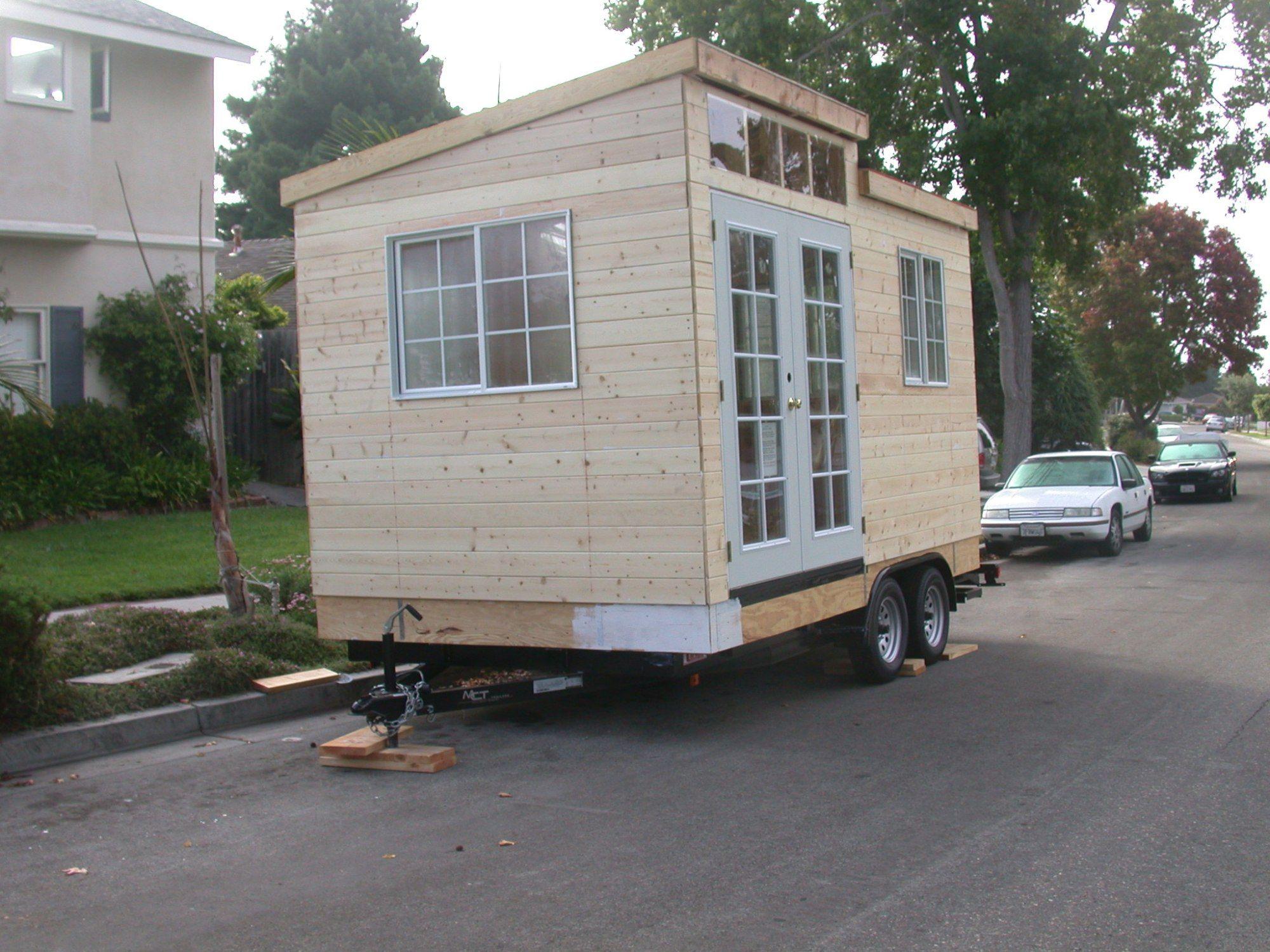 building a cabin on wheels step by step design. Black Bedroom Furniture Sets. Home Design Ideas