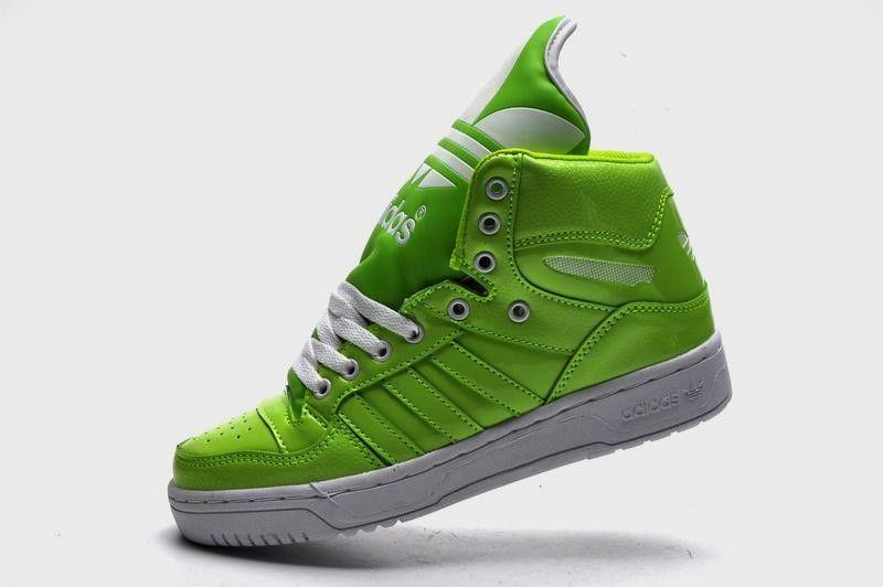 moda per > le adidas high - top verde e fili calcio