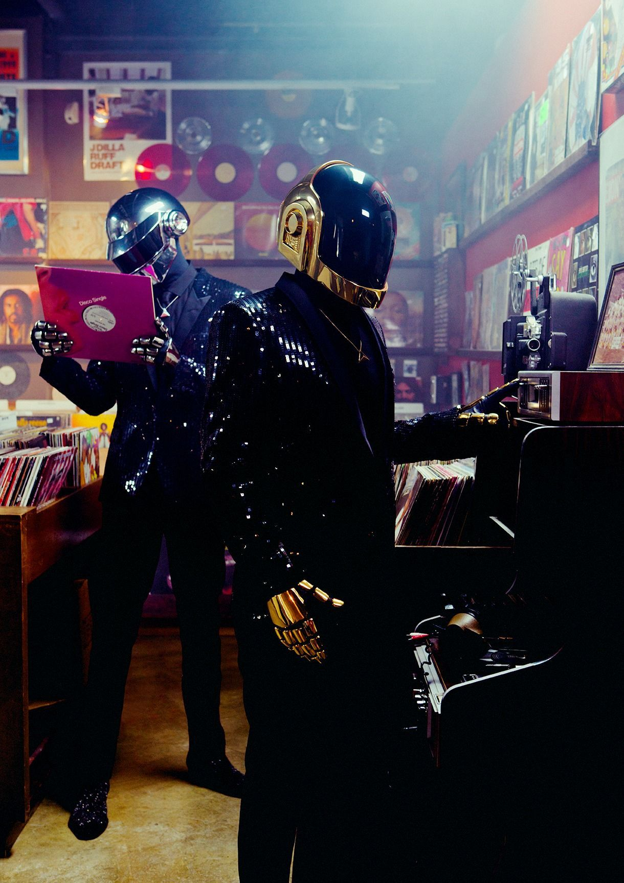 Daft Punk go from sampling disco records to creating a dance masterpiece in  2020 | Daft punk, Punk music, Thomas bangalter