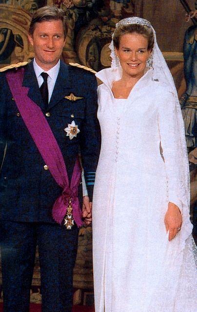 Images Of Wedding Of Princess Mathilde Of Belgium Google Search Famous Wedding Dresses Royal Brides Royal Weddings