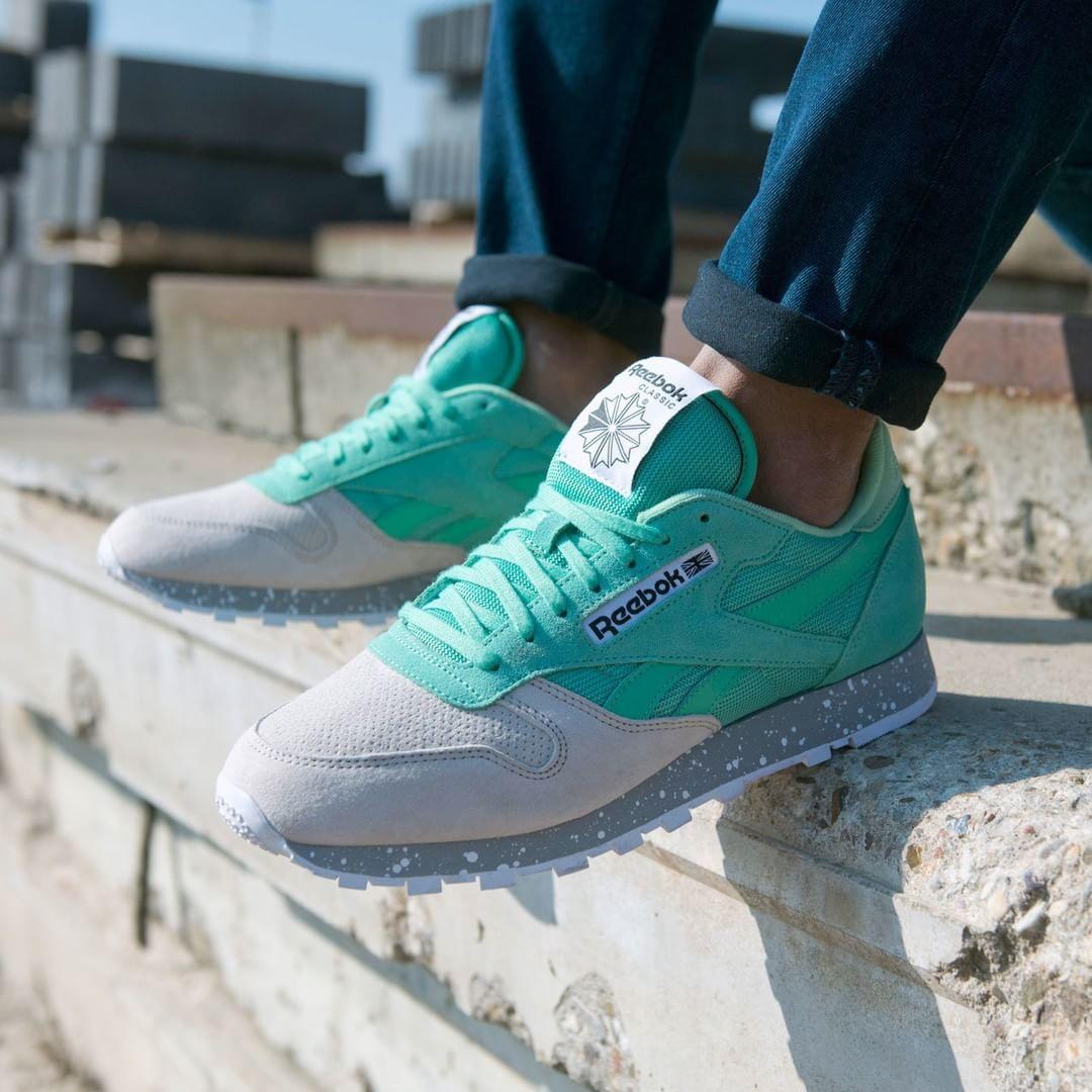 Instagram Photo By Foot Locker Europe Apr 13 2016 At 8 02am Utc Me Too Shoes Sneakers Reebok Classic