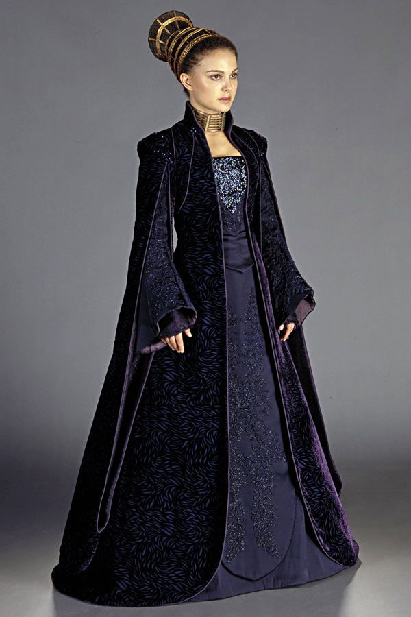 blue dress and overcoat worn by natalie portman in star wars episode ii attack of the clones. Black Bedroom Furniture Sets. Home Design Ideas