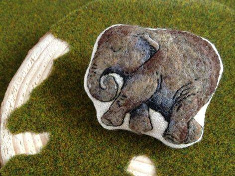 象さん、あなたの記憶は一生に覚えると言うことがあります、本当?(mr.elephant, i heard that you have life long me...|ハンドメイド、手作り、手仕事品の通販・販売・購入ならCreema。
