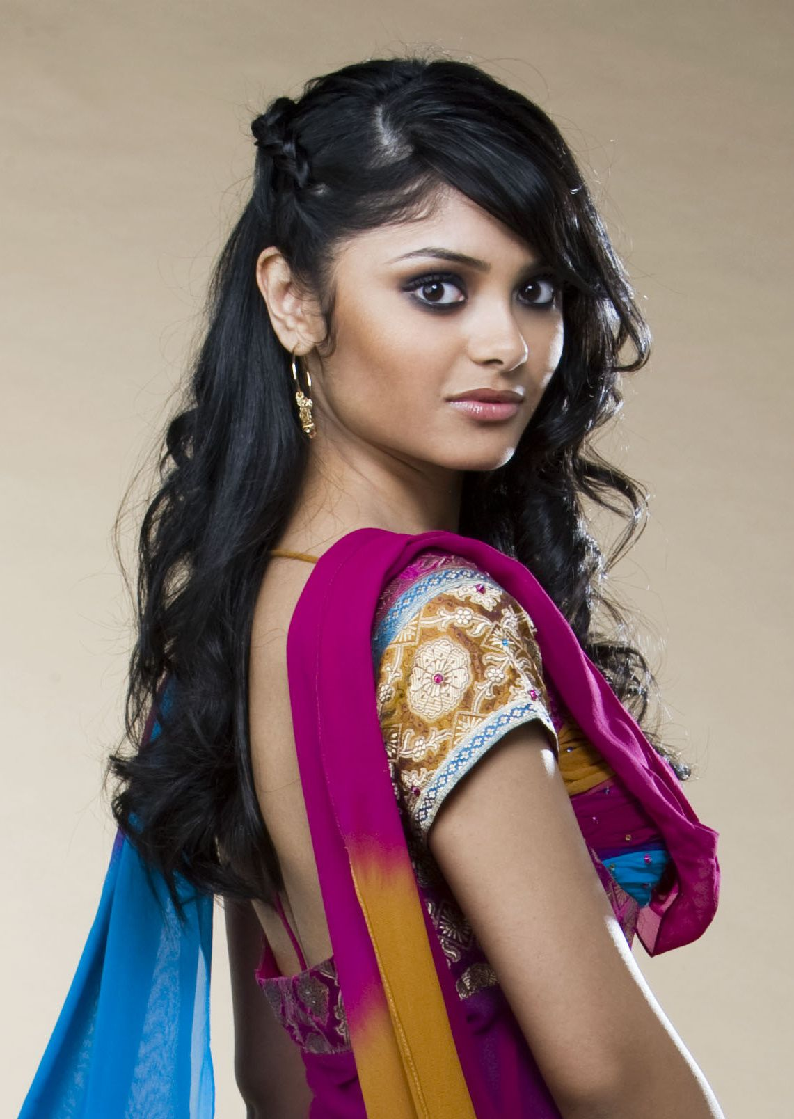 Afshan azad google search interesting and beautiful people afshan azad google search thecheapjerseys Image collections