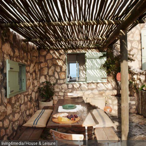 Mediterrane Terrassengestaltung | Terrassengestaltung, Sitzkissen ...