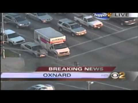 Uhaul Police Chase Suspect Tries To Jump In Other Car On Foot Oxnard Live Breaking News Police