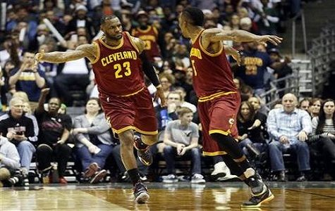 LEBRON JAMES Y LOS CAVALIERS SE IMPONEN A LOS BUCKS DE MILWAUKEE