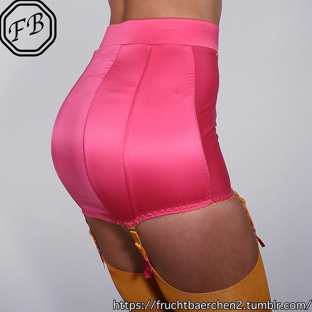 Cucky pink lingerie