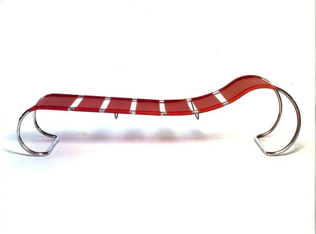 Chaise longue ls22 1931 de hans and wassily luckhardt for Chaise wassily
