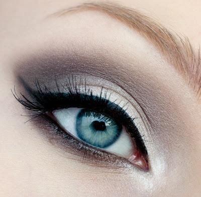 Neutral Grey Eyeshadow.