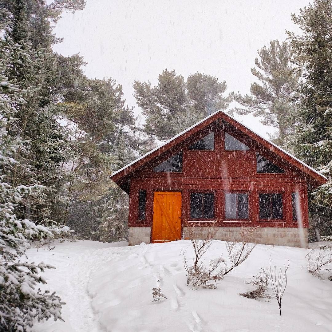 38 Rustic Winter Rentals In Michigan From River Cabins To Snowy