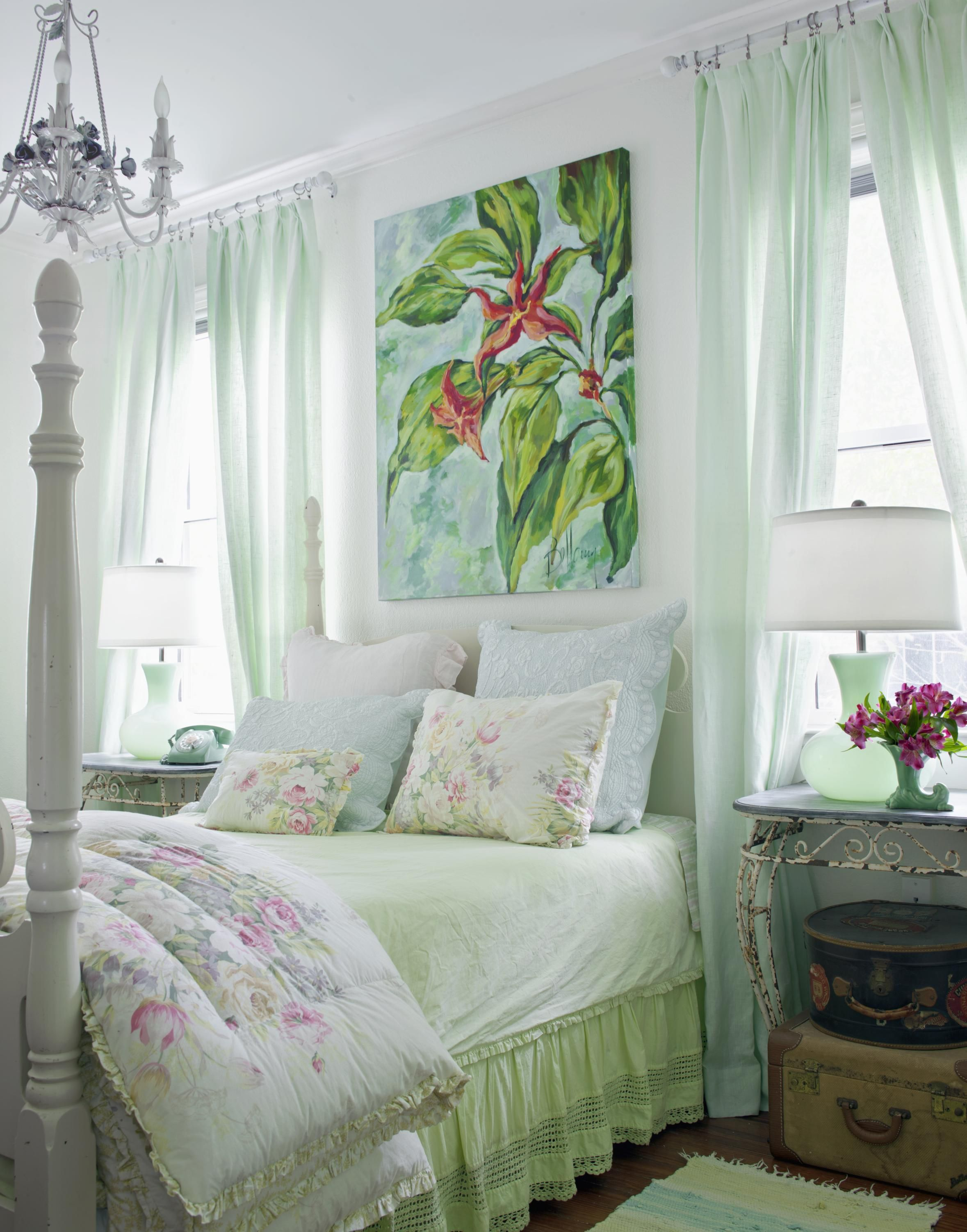 Rustic Romantic Bedroom Ideas: Bedrooms: Rustic & Romantic (With Images)