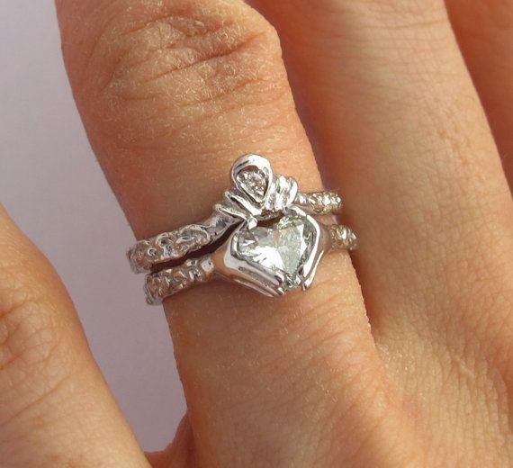 Claddagh Ring Wedding Set White Gold And Diamond Blue Topaz Or Red Garnet Eng Claddagh Ring Wedding Celtic Wedding Rings White Gold Engagement Rings Set