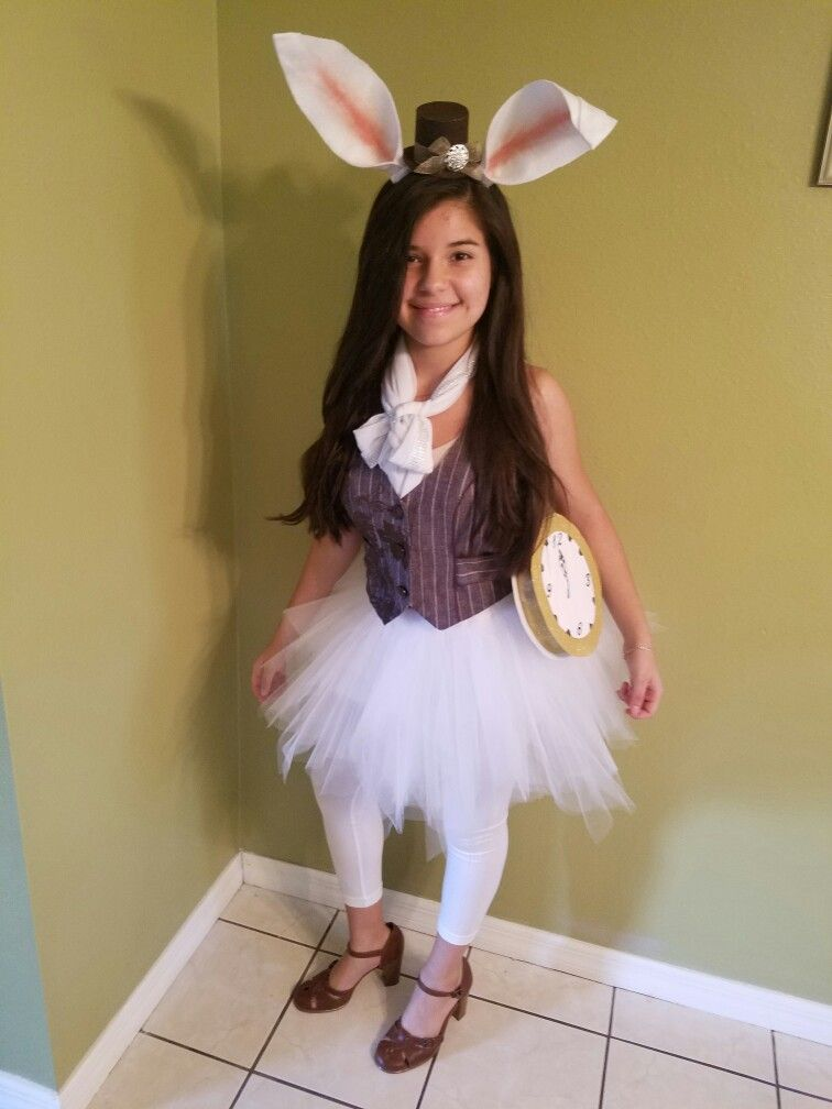 The White Rabbit from Alice In Wonderland DIY cosplay ...