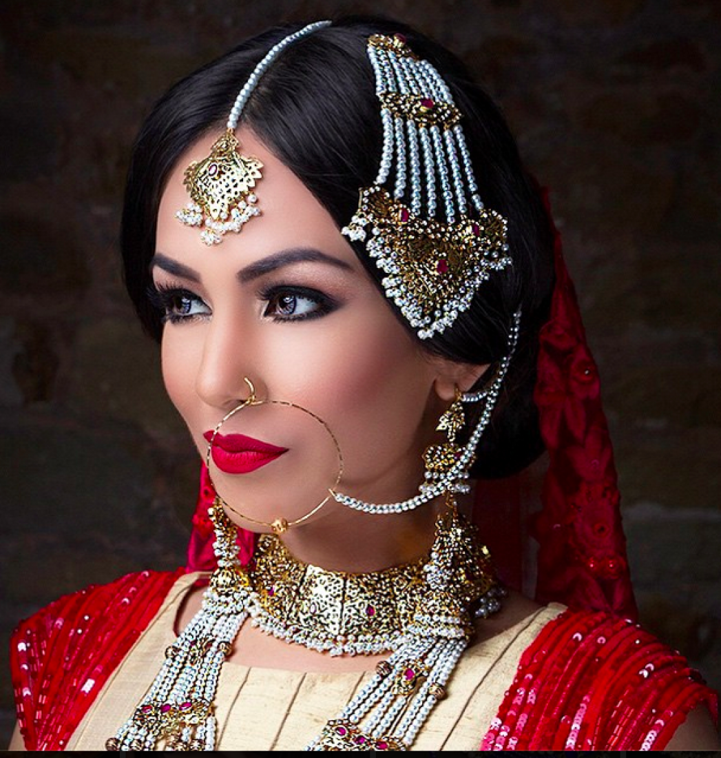 We wedding headpiece jewellery - Indian Wedding Jewellery This Regal Set Will Make You Look Like A True Princess We Love The Pearl Work Another Spectacular Piece By Jewels N Gems