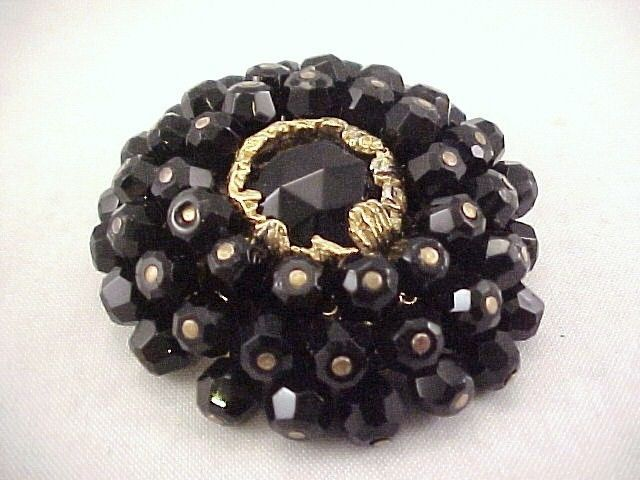 Vtg 1940s French Jet Glass Beaded Cluster Gold Tone Round Dome 3D Brooch Pin