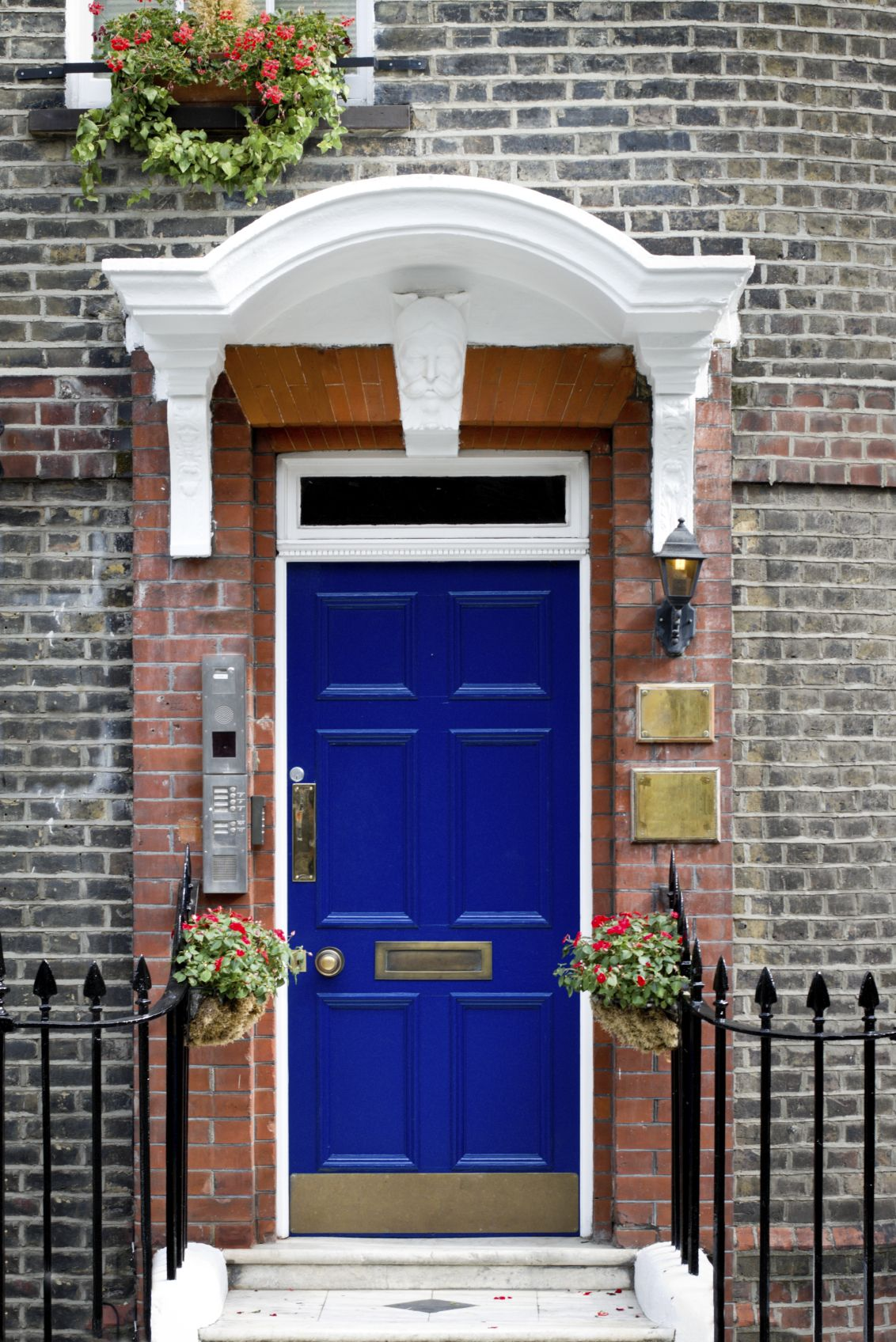 21 cool blue front doors for residential homes brick for Red steel front door