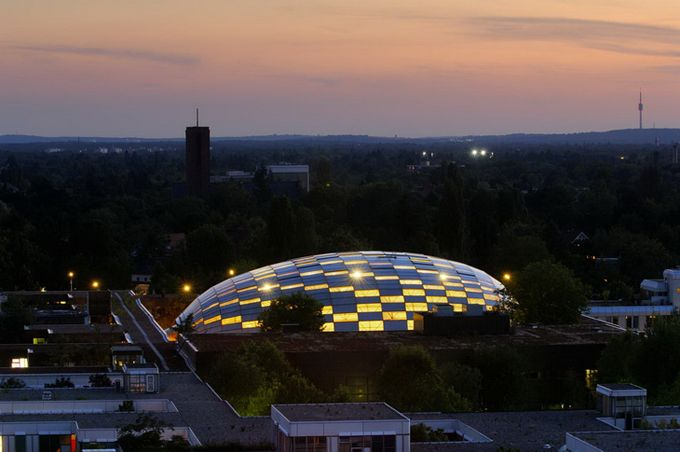 Free University в Берлине - удивительная архитектура одного из престижных университетов мира