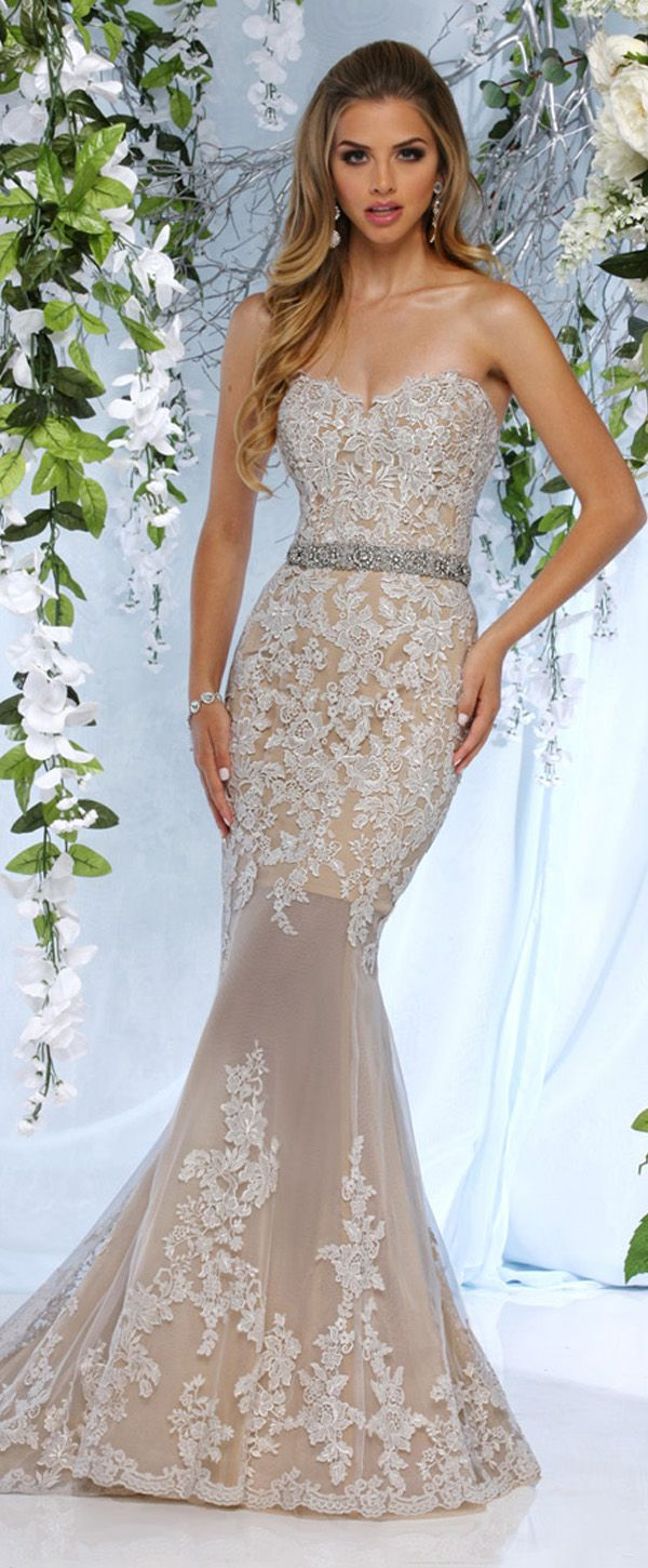 Mermaid lace wedding dress  Alluring Tulle Sweetheart Neckline Mermaid Wedding Dresses With Lace
