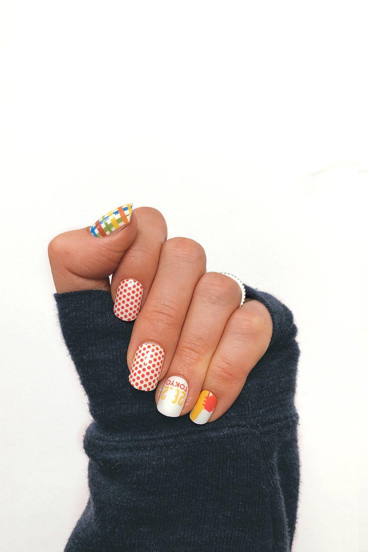 Tokyo Marathon Nail Wraps - runner nails, running themed nail art ...
