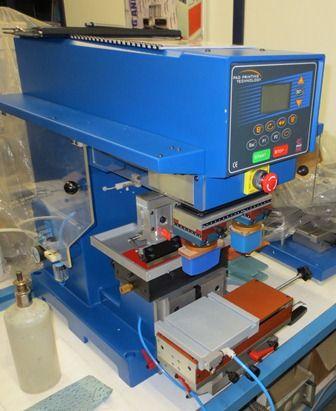 Unser neue Tampondrucker von dosenwelten. Ideal zur Bedruckung von Blechdosen und Metalldosen. Infos unter dosenwelten.de